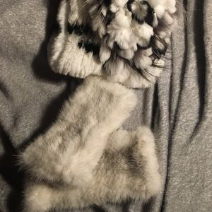 Accessories - Mink hand and wrist warmers white with grey